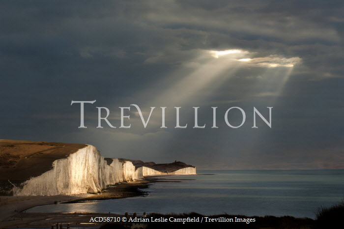 Adrian Leslie Campfield SUNRAYS OVER THE SEVEN SISTERS CLIFFS Seascapes/Beaches