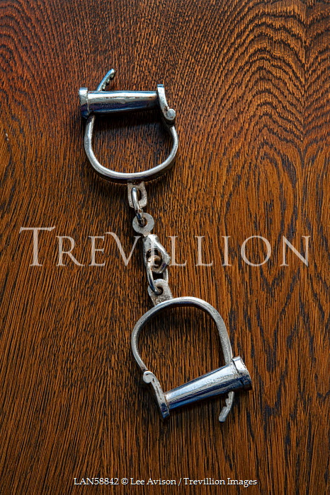 Lee Avison HISTORICAL HANDCUFFS Miscellaneous Objects