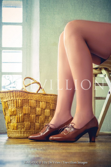 Elly De Vries WOMAN'S LEGS IN LEATHER SHOES Women