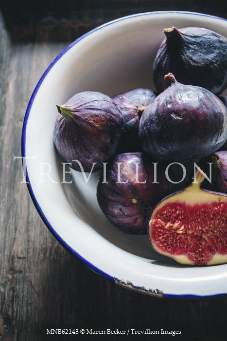 Maren Becker STILL LIFE OF FIGS IN BOWL Miscellaneous Objects