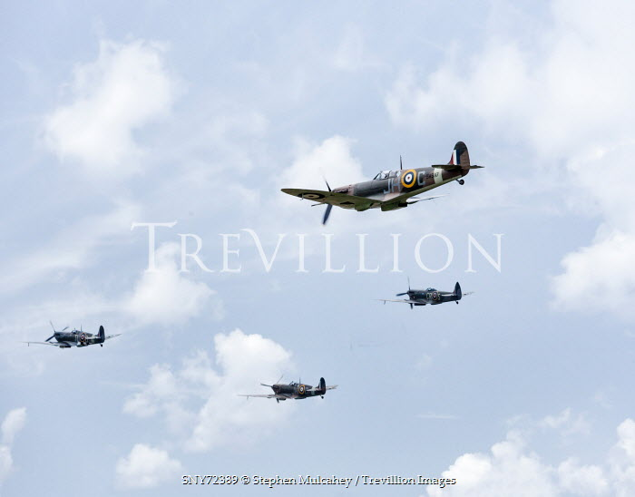 Stephen Mulcahey FOUR 1940S AEROPLANES FLYING THROUGH CLOUDS Miscellaneous Transport