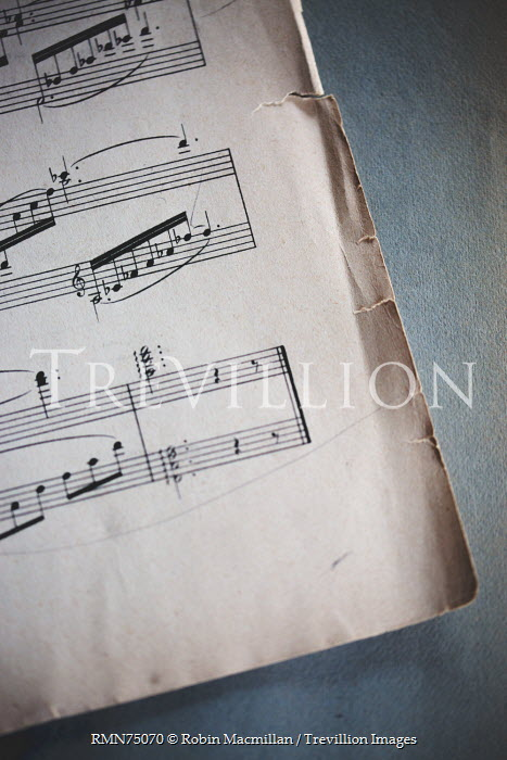 Robin Macmillan sheet music with worn edges Miscellaneous Objects