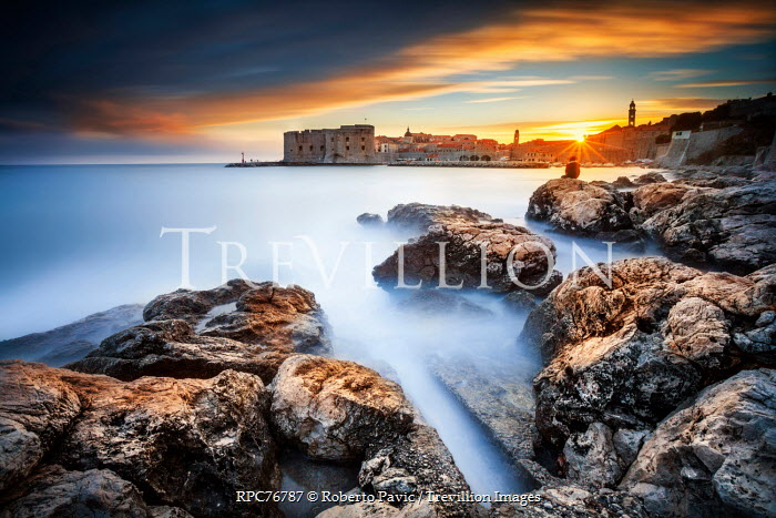 Roberto Pavic BEAUTIFUL COASTAL TOWN Specific Cities/Towns