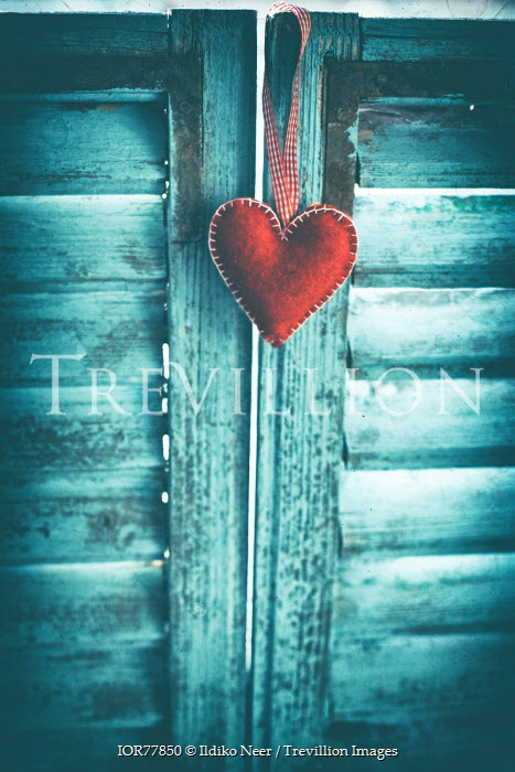 Ildiko Neer RED HEART ORNAMENT HANGING ON DOOR Miscellaneous Objects
