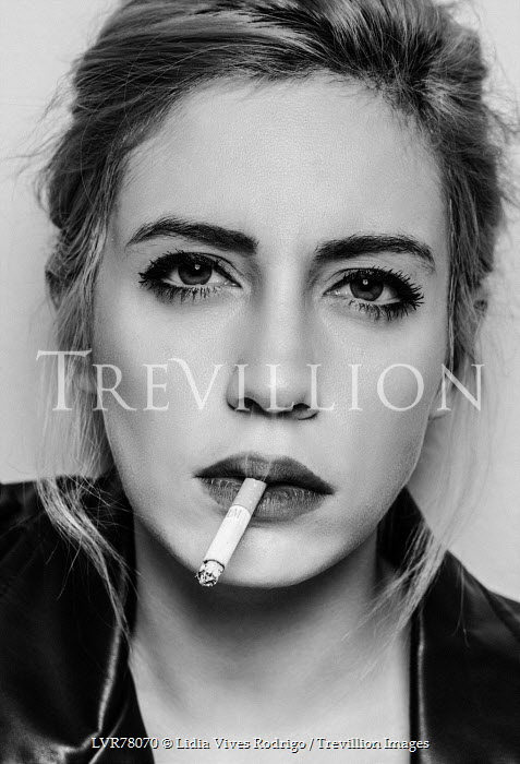 Lidia Vives Rodrigo YOUNG WOMAN IN LEATHER JACKET SMOKING Women