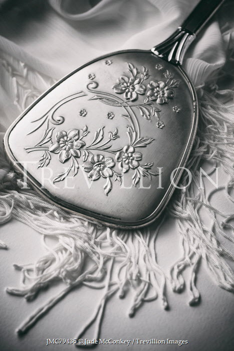 Jude McConkey SILVER HAND MIRROR ENGRAVED WITH FLOWERS Miscellaneous Objects