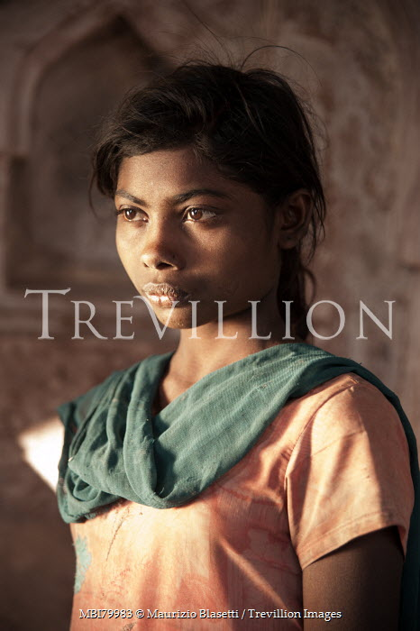 Maurizio Blasetti HEAD AND SHOULDERS OF INDIAN GIRL Children