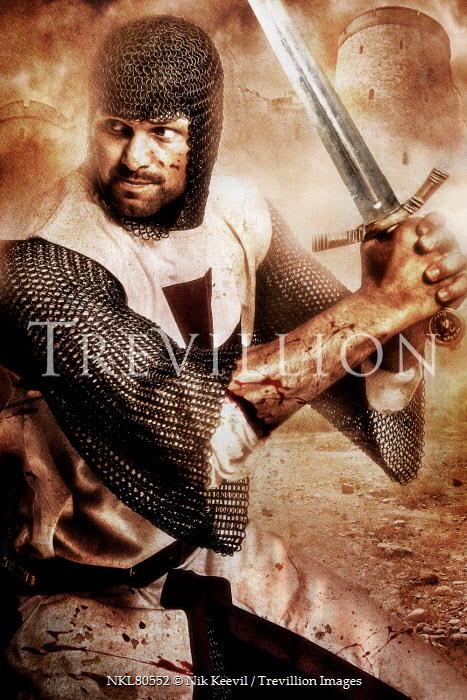 Nik Keevil MEDIEVAL KNIGHT WITH SWORD IN BATTLE Men