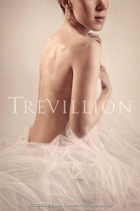 Emma Goulder NUDE WOMAN WITH WHITE CHIFFON Women