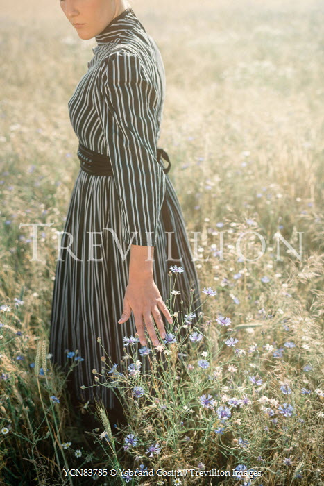 Ysbrand Cosijn YOUNG VINTAGE PRAIRIE WOMAN IN FLOWER FIELD Women