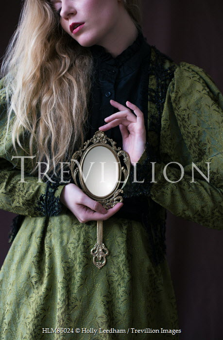 woman holding mirror. Fine Woman Holly Leedham PRERAPHAELITE WOMAN HOLDING ART NOUVEAU MIRROR Women With Woman Holding Mirror I