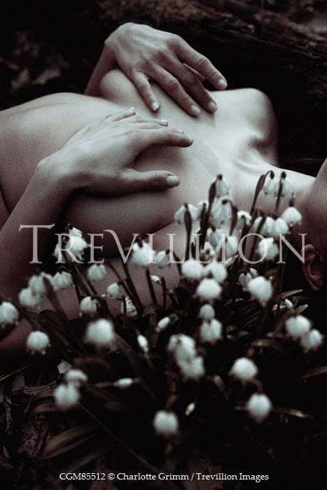 Charlotte Grimm NAKED WOMAN LYING WITH SNOWDROPS Women