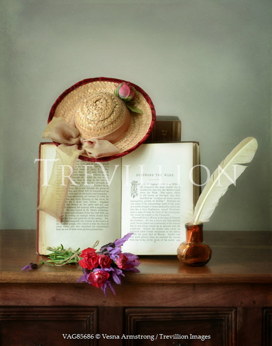 Vesna Armstrong HAT, BOOK, QUILL AND FLOWERS ON SIDEBOARD Men