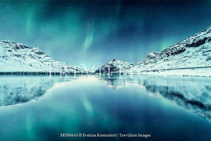 Evelina Kremsdorf ICELANDIC LAKE WITH LIGHTS AND SNOW Lakes/Rivers