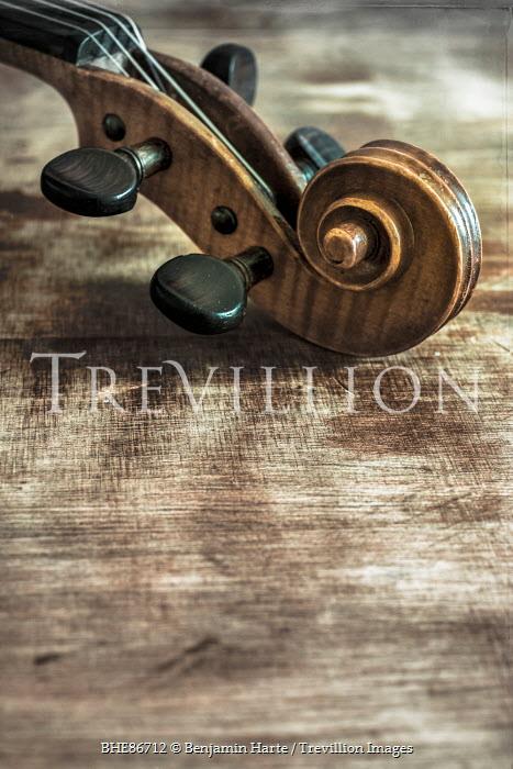 Benjamin Harte CLOSE UP OF SCROLL OF VIOLIN Musical Instruments
