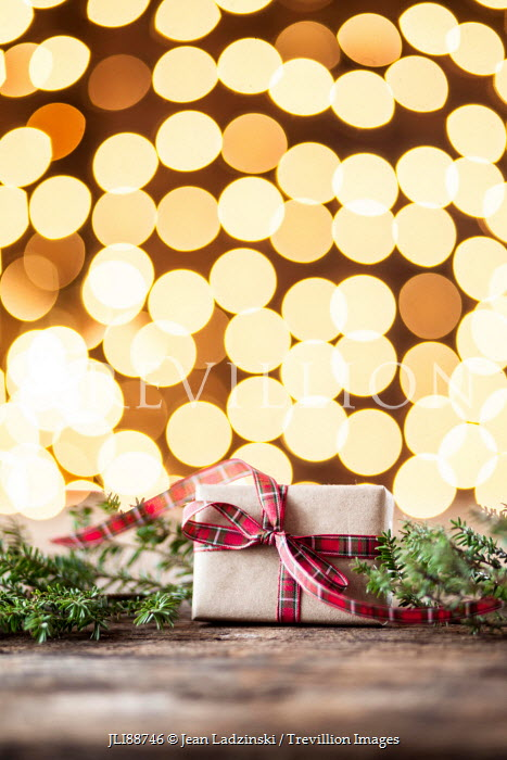 Jean Ladzinski CHRISTMAS PRESENT WITH GLOWING LIGHTS Miscellaneous Objects
