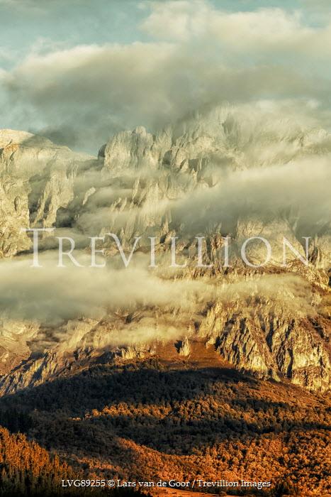 Lars van de Goor LANDSCAPE OF MOUNTAINS AND CLOUDS Rocks/Mountains