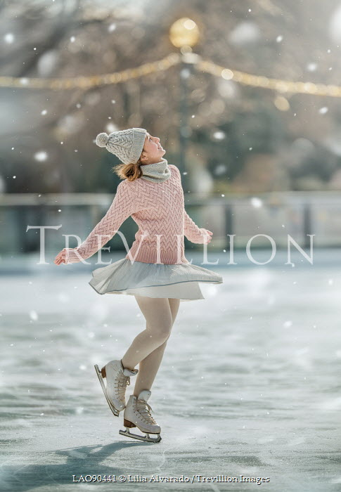 Lilia Alvarado FEMALE ICE SKATER Women