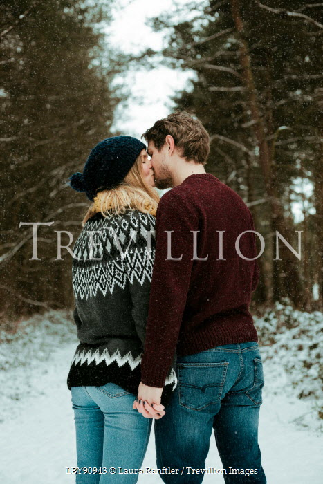 Laura Kate Bradley YOUNG COUPLE KISSING IN SNOW Couples