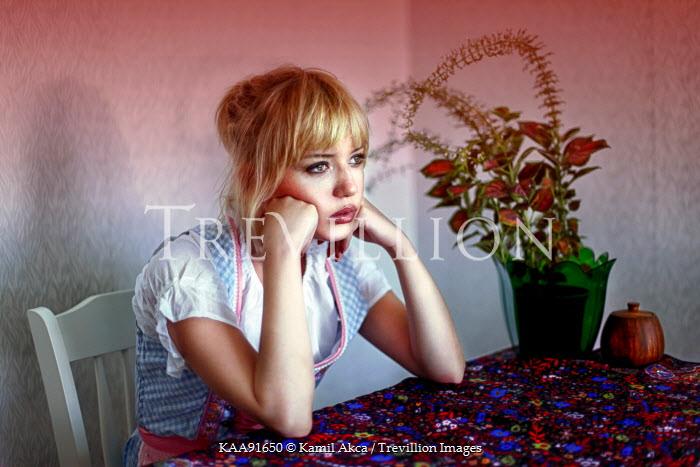 Kamil Akca PRETTY WOMAN SITTING AT TABLE Women