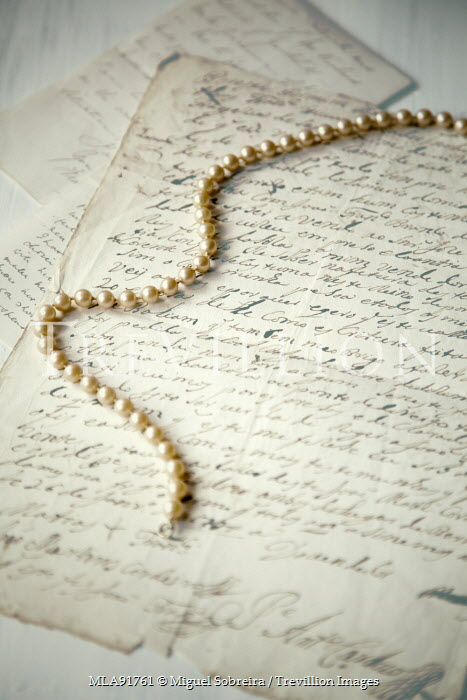 Miguel Sobreira PEARL NECKLACE ON HANDWRITTEN LETTERS Miscellaneous Objects
