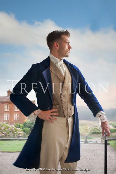 Lee Avison REGENCY MAN BY COUNTRY HOUSE Men
