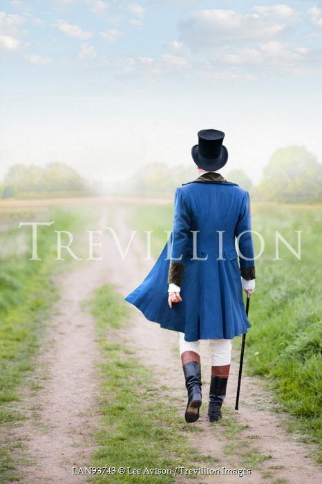 Lee Avison REGENCY MAN WALKING IN COUNTRYSIDE Men