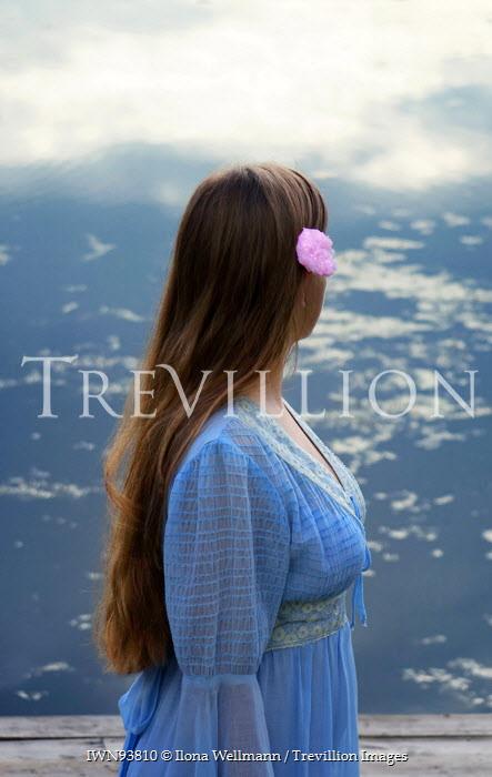 Ilona Wellmann WOMAN IN BLUE WATCHING SEA Women
