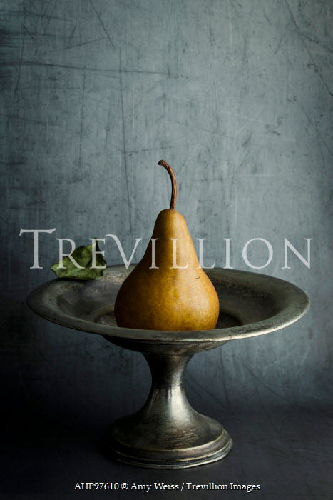 Amy Weiss PEAR IN PEWTER FRUIT BOWL Miscellaneous Objects