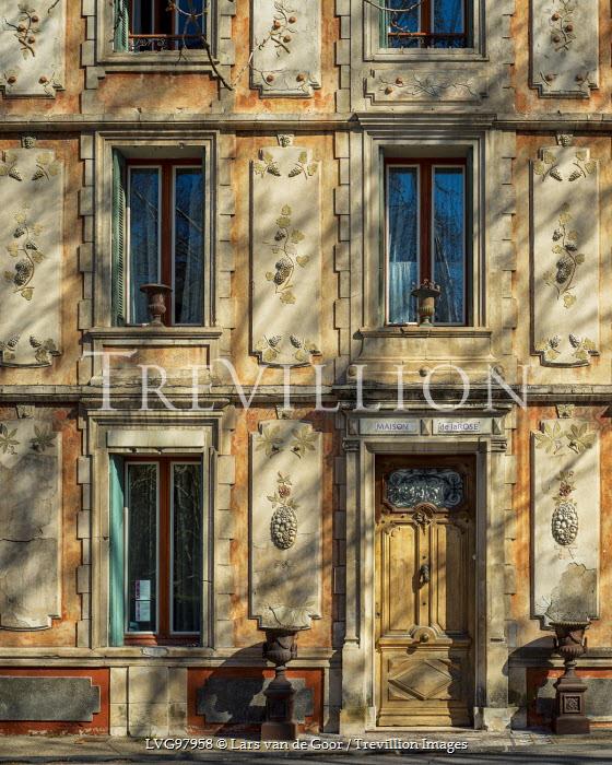Lars van de Goor OLD STONE MANSION Houses