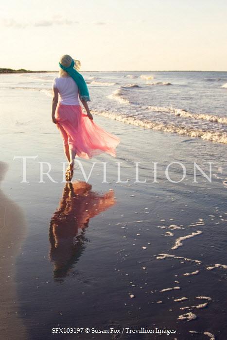Susan Fox WOMAN WALKING BY THE SEA Women