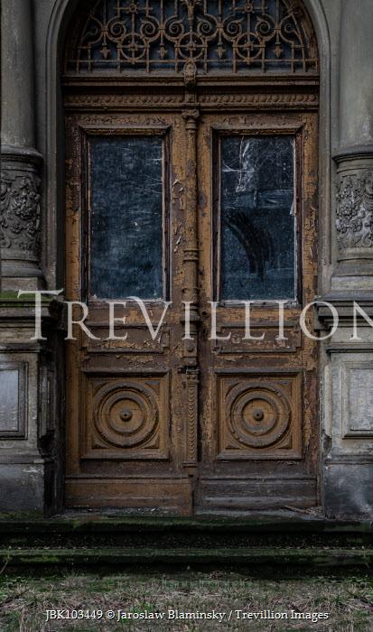 Jaroslaw Blaminsky OLD WEATHERED DOOR IN GRAND STONE BUILDING Building Detail