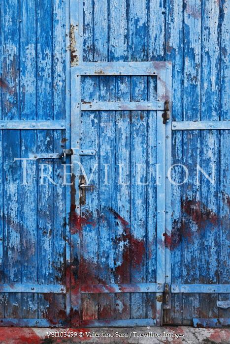 Valentino Sani WEATHERED DOOR IN WOODEN BUILDING Building Detail