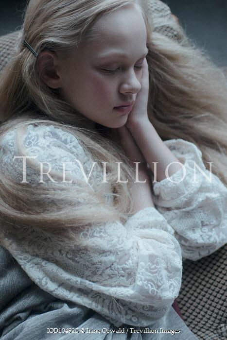 Irina Orwald SLEEPING BLONDE GIRL IN LACE DRESS Children