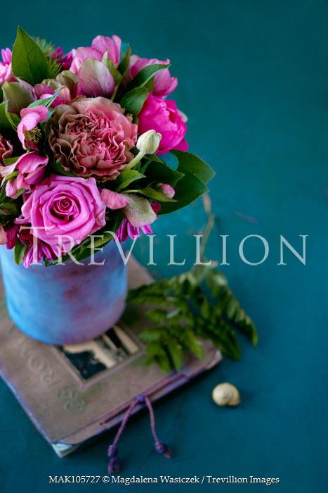 Magdalena Wasiczek PURPLE FLOWERS IN BLUE VASE Flowers