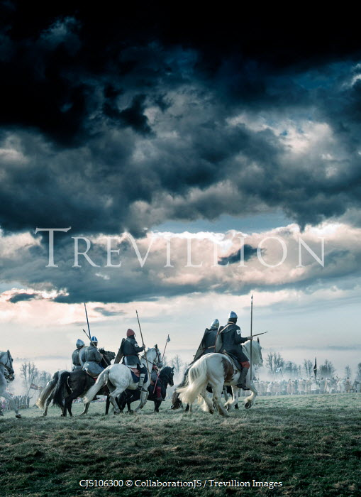 CollaborationJS MOUNTED KNIGHTS CHARGING ON BATTLEFIELD Groups/Crowds