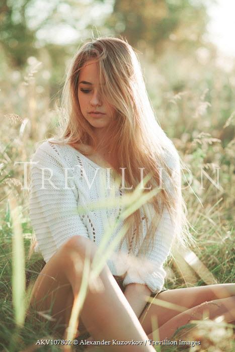 Alexander Kuzovkov Girl sat in sunny field Women