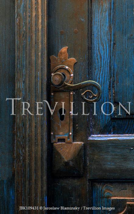 Jaroslaw Blaminsky CLOSE UP OF HANDLE OF HISTORICAL DOOR Building Detail