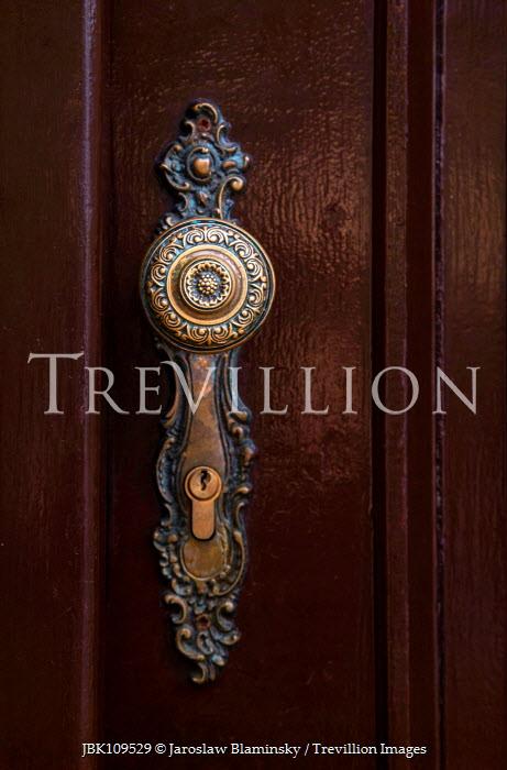 Jaroslaw Blaminsky Engraved metal door handle Building Detail