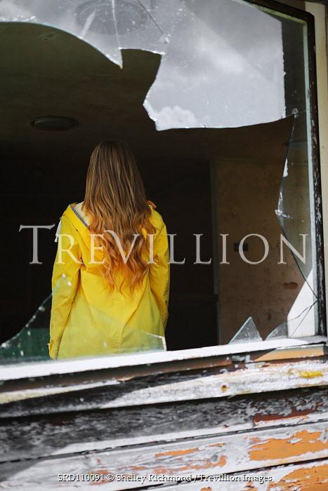 Shelley Richmond BLONDE GIRL IN HOUSE WITH BROKEN WINDOW Women