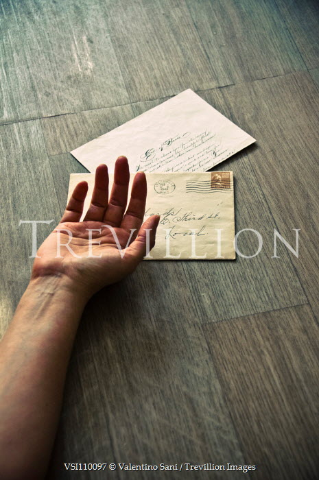 Valentino Sani FEMALE HAND LYING ON FLOOR WITH LETTERS Women