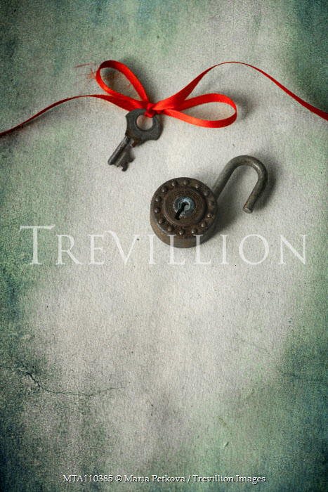 Maria Petkova KEY AND PADLOCK WITH RED RIBBON Miscellaneous Objects