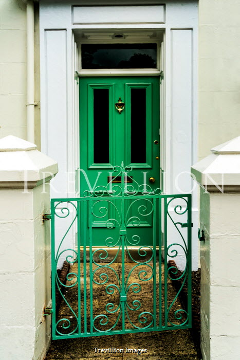 Stephen Mulcahey green door green gate