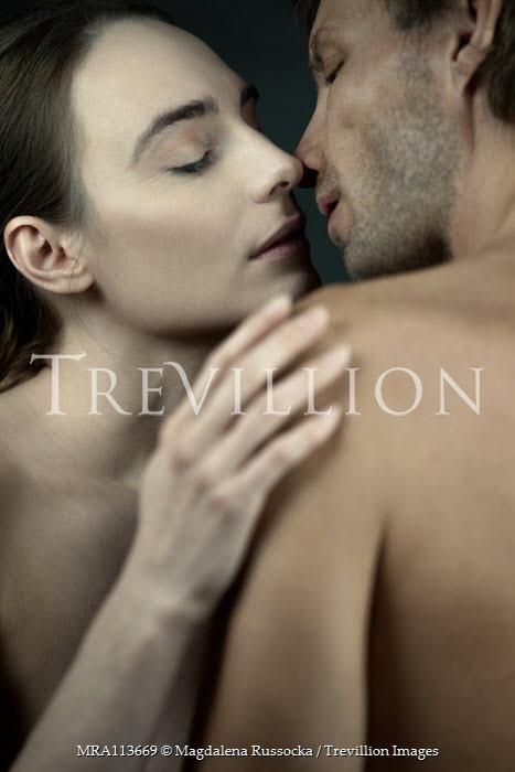 Magdalena Russocka intimate naked couple kissing