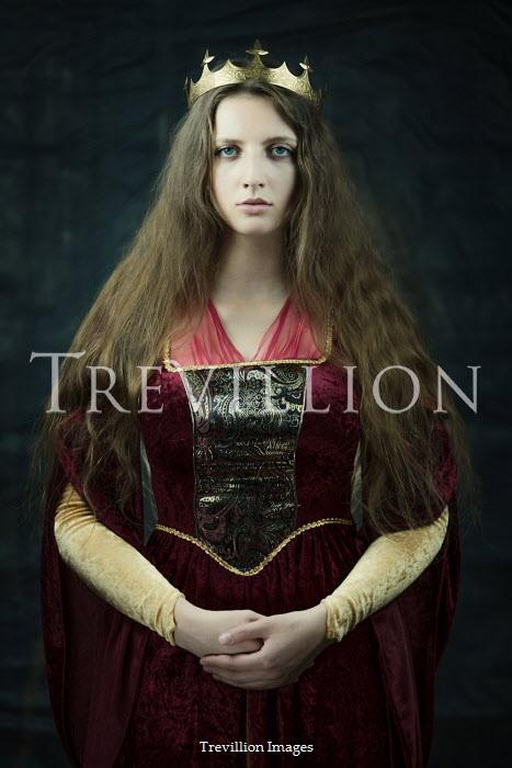 Magdalena Russocka brunette medieval woman wearing crown