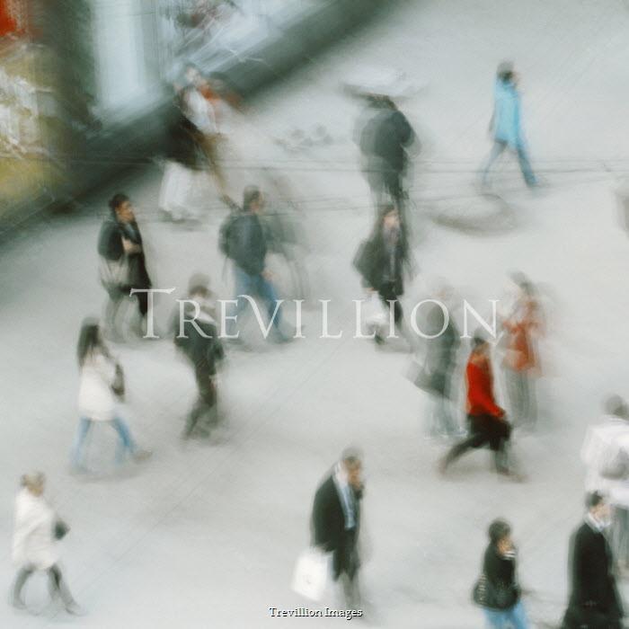 Felicia Simion Long exposure of people walking in city