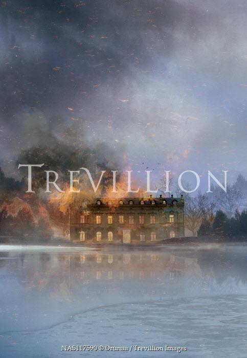 Drunaa Burning mansion on lake