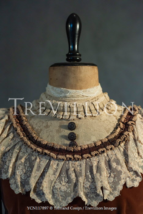 Ysbrand Cosijn DRESSMAKERS MANNEQUIN WITH HISTORICAL DRESS Miscellaneous Objects