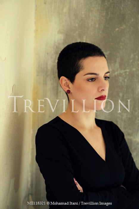 Mohamad Itani Young woman with short hair