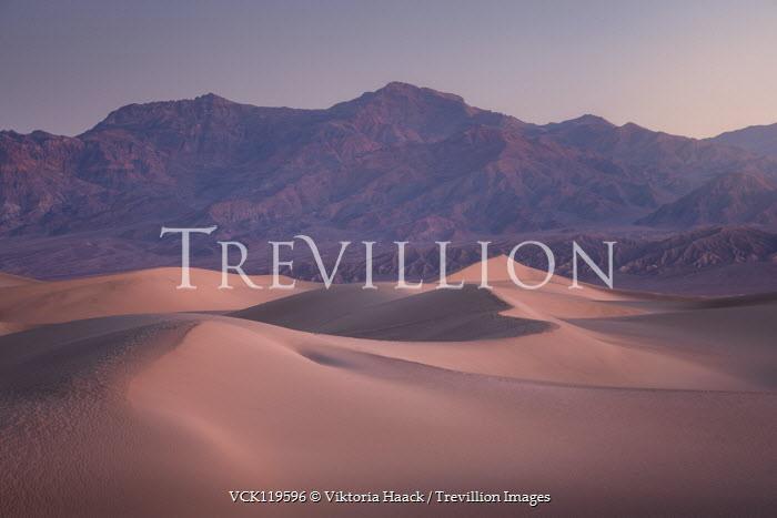 Viktoria Haack DESERT LANDSCAPE WITH ROCKY MOUNTAINS Desert
